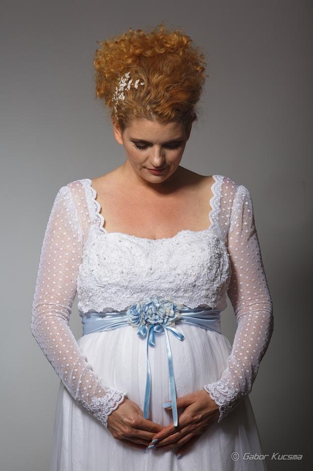 kismama menyasszonyi ruha
