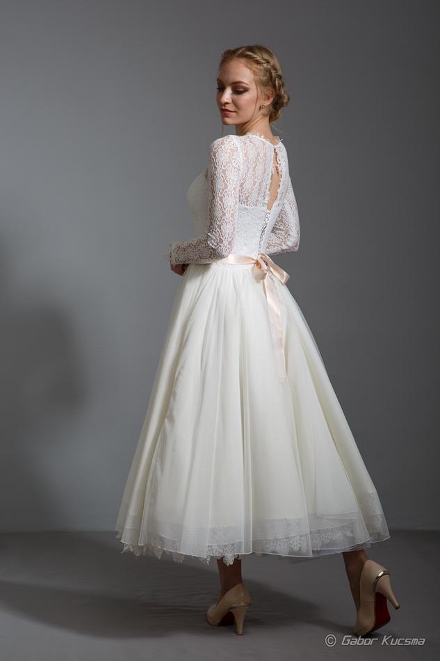 rövid menyasszonyi ruha ekrü