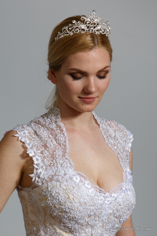 kétrészes menyasszonyi ruha
